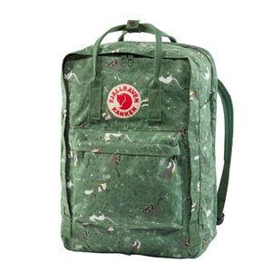 "Kanken Art 17"" Laptop Backpack in Green Fable"